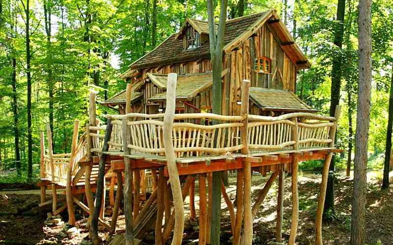 Übernachten im Baumhaus: Natur-Resort Tripsdrill Ansicht Baumhaus