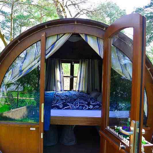 Preiswert übernachten im Schlaffass am Plauer See
