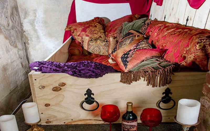 Hotel Crypt: Entspannt Relaxen in der Totengruft