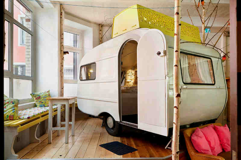 Indoor-Glamping in Berlin