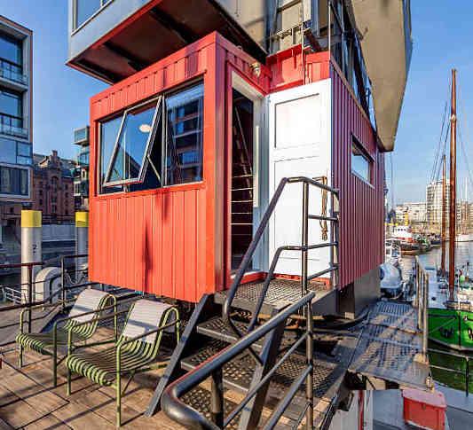 Außergewöhnliche Hotels in Deutschland: das Kranhotel in Hamburg gehört garantiert dazu
