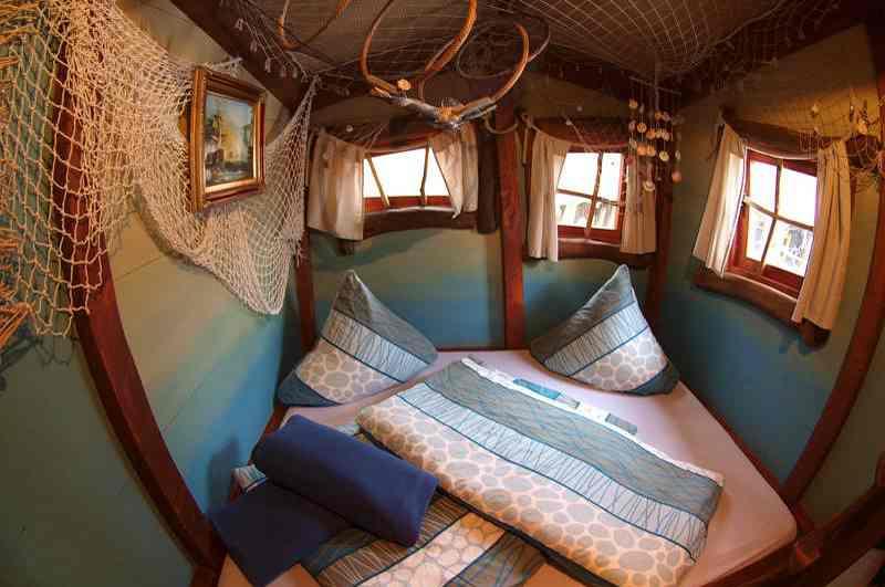 Mit der Kulturinsel Einsiedel eröffnete 2005 das erste Baumhaushotel in Sachsen. Einblick ins Baumhaus Thors Astpalast