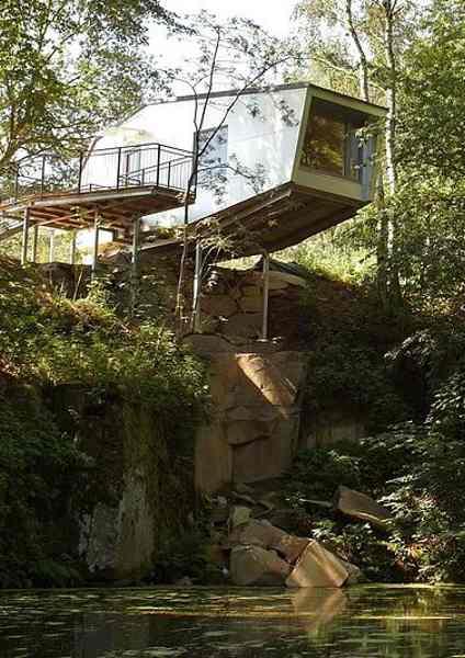 Baumhaushotels in Österreich: das Klippenhaus der Baumhaus-Lodge in Schrems