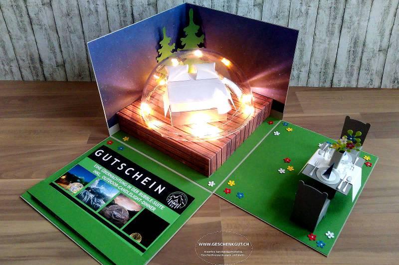 In der repräsentativen Geschenkbox mit Batterie-Licht sorgt der Gutschein für eine Glamping Übernachtung im Schweizer Adventure Camp für noch mehr Freude
