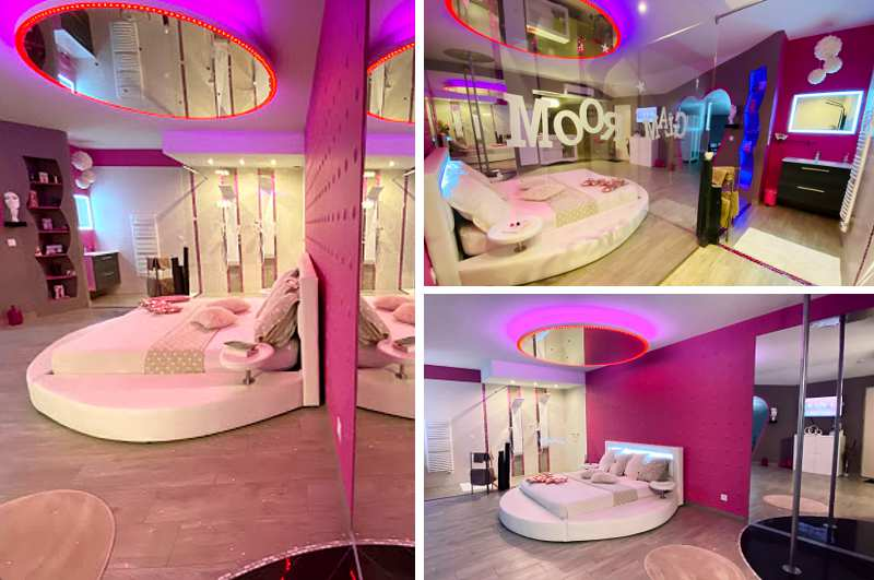 Erotikhotels in Frankreich: der private Glamroom in Deux Sévres Poitiers verspricht eine prickelnde Nacht mit Pole Dance Stange und Spiegel über dem Bett