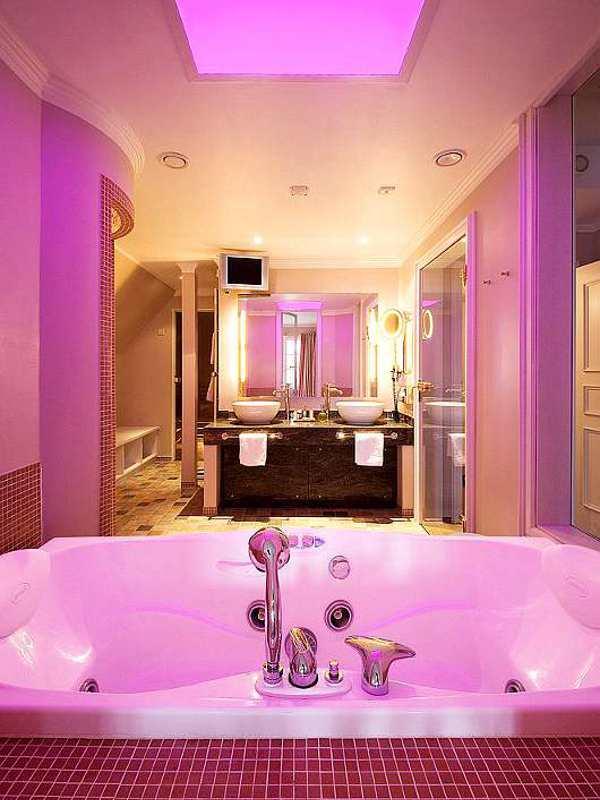 Die Spa-Juniorsuiten des Hotels Hof zur Linde in Münster sind mit einem privaten Whirlpool im Zimmer ausgestattet